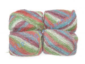 Пряжа 2,3/1. 40% Шерсть, 31% натуральный шелк малберри (mulberry silk), 24% мохер, 5% полиэстер. Основные цвета зеленый, бордовый
