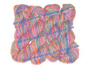 Пряжа 2/1. 50% Натуральный шелк (mulberry silk), 17% вискоза, 17% акрил, 16% хлопок. Основные цвета красный, синий, зеленый и их оттенки