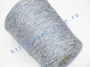 Пряжа меланж 5,7/1. 54% Хлопок, 31% натуральный шелк (mulberry silk), 10% шерсть, 5% нейлон. Цвет белый + джинсовый
