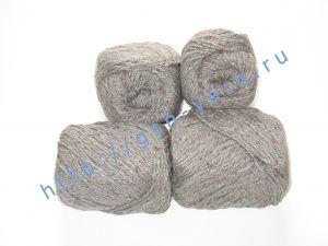 Пряжа 5,5/3. 60% Натуральный шелк (mulberry silk), 40% вискоза. Цвет 02: светло-серый + вкрапления