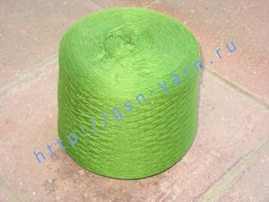 Пряжа 26/2 на бобинах для ручного и машинного вязания, ткачества. 45% Натуральный шелк (mulberry silk), 40% хлопок, 15% беби альпака (baby alpaca). Цвет ярко-зеленый