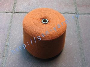Пряжа 26/2 на бобинах для ручного и машинного вязания, ткачества. Узелковая пряжа, пряжа с включениями (NEPS yarn). 60% Бамбук, 25% шерсть (soft wool), 10% натуральный шелк (mulberry silk), 5% кид мохер (kid mohair). Цвет красно-рыжий + разноцветные вкрап