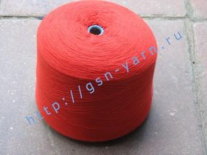 Пряжа 26/2 на бобинах для ручного и машинного вязания, ткачества. 40% Натуральный шелк (mulberry silk), 35% хлопок, 20% ангора (dehaired angora), 5% кид мохер (kid mohair). Цвет красный
